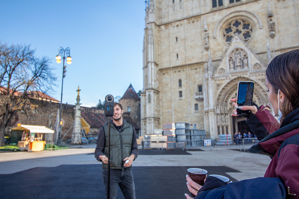 Filming of the interactive tour in front of Zagreb cathedral
